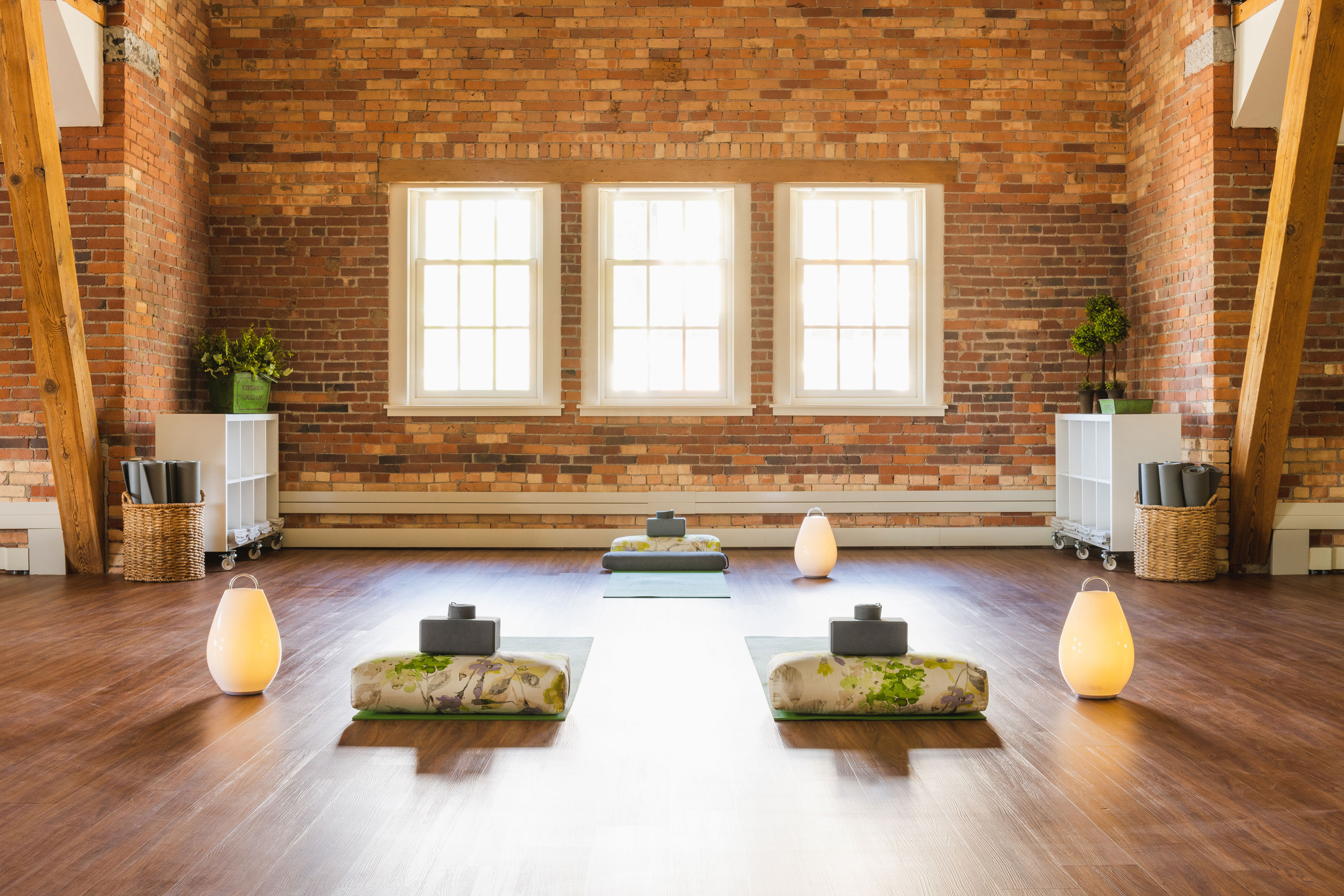 The-Schoolhouse-The-Loft-Private-Yoga-Class