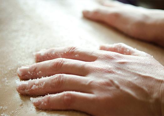 body-treatments-scrub-medium