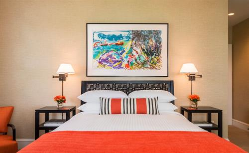Wallcourt Hall Guestroom Queen